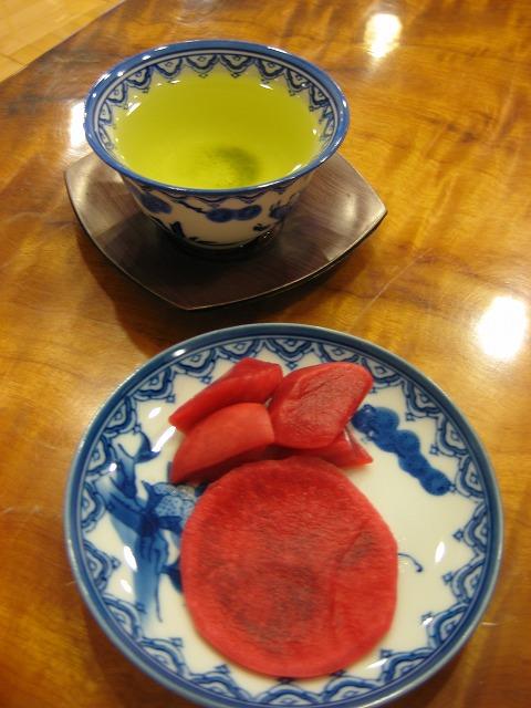 大川の赤かぶ漬と大川茶でおもてなし